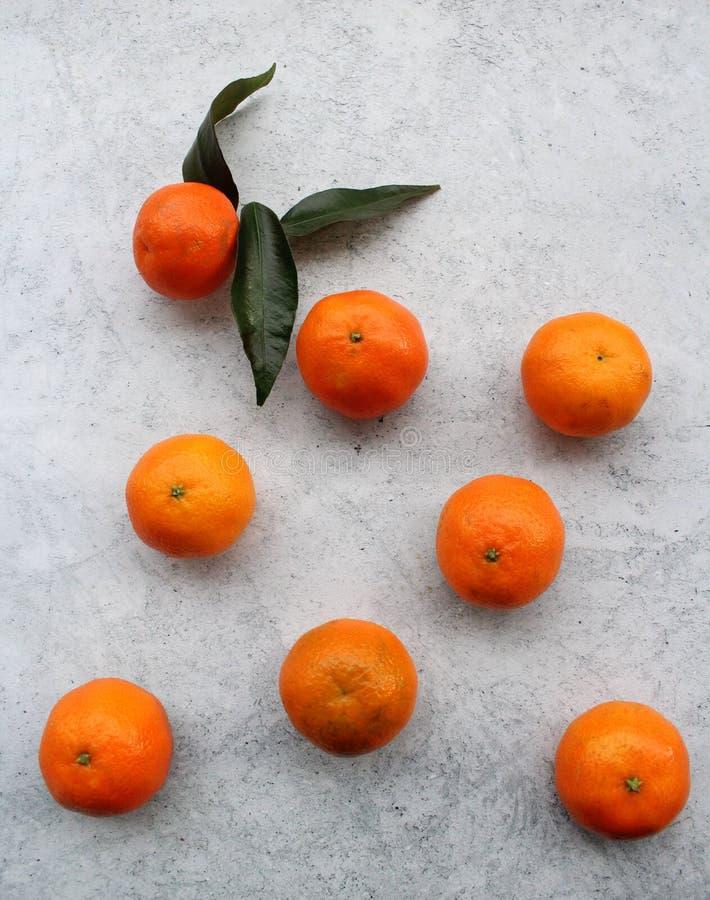 Alcuni mandarini freschi fotografia stock
