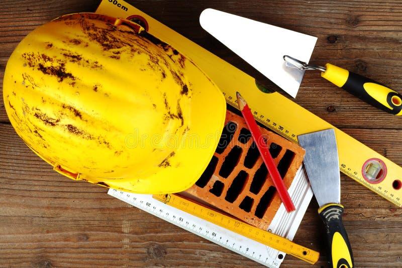 Alcuni strumenti della muratura immagine stock