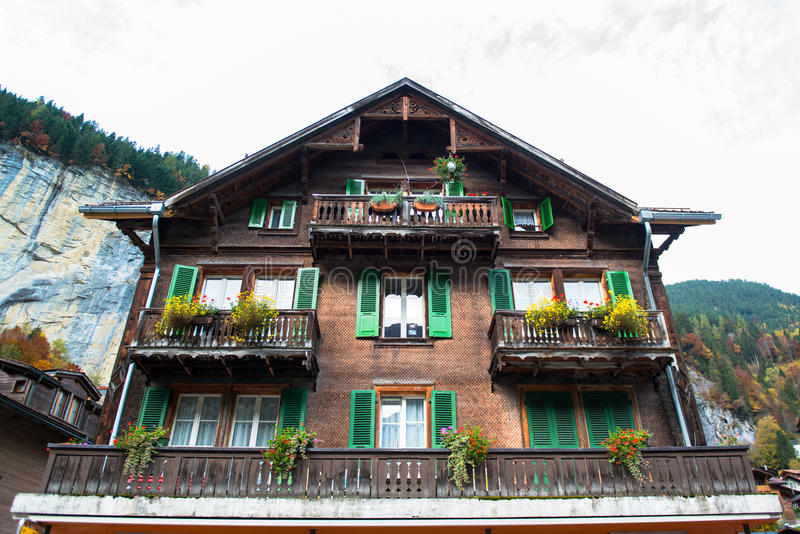 Aldea de Grindelwald, Suiza imagenes de archivo