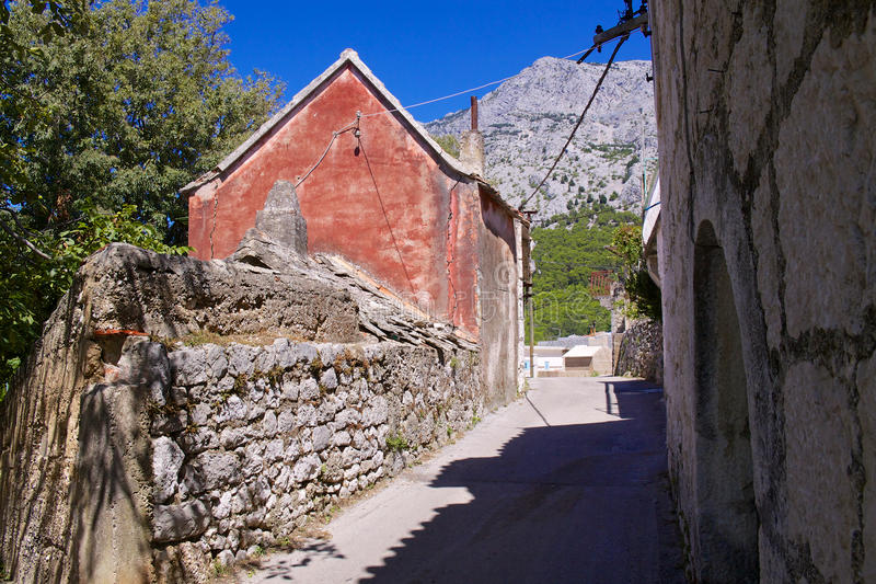 Aldea en Croatia imagenes de archivo