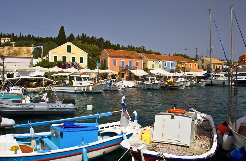 Aldea en Kefalonia, Grecia de Fiscardo imagen de archivo libre de regalías