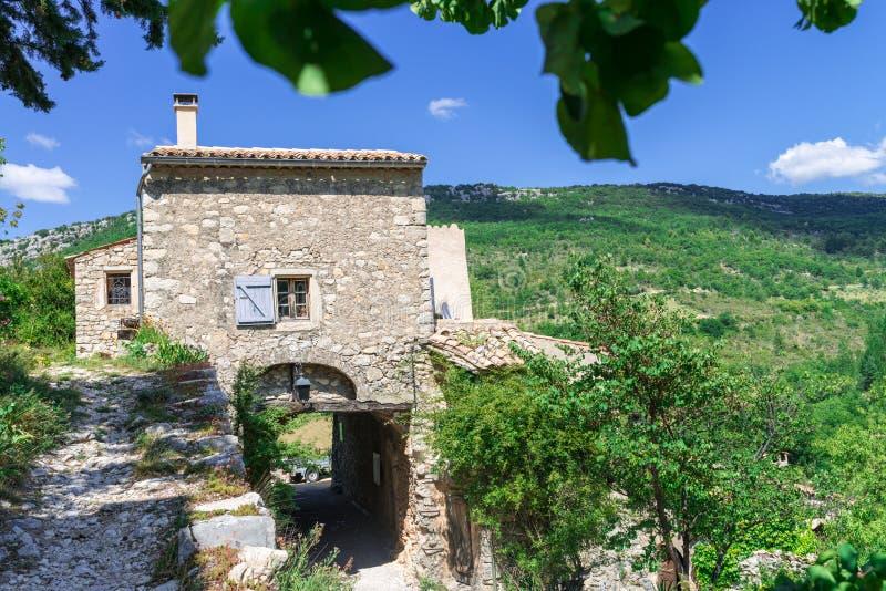 Aldea en Provence foto de archivo