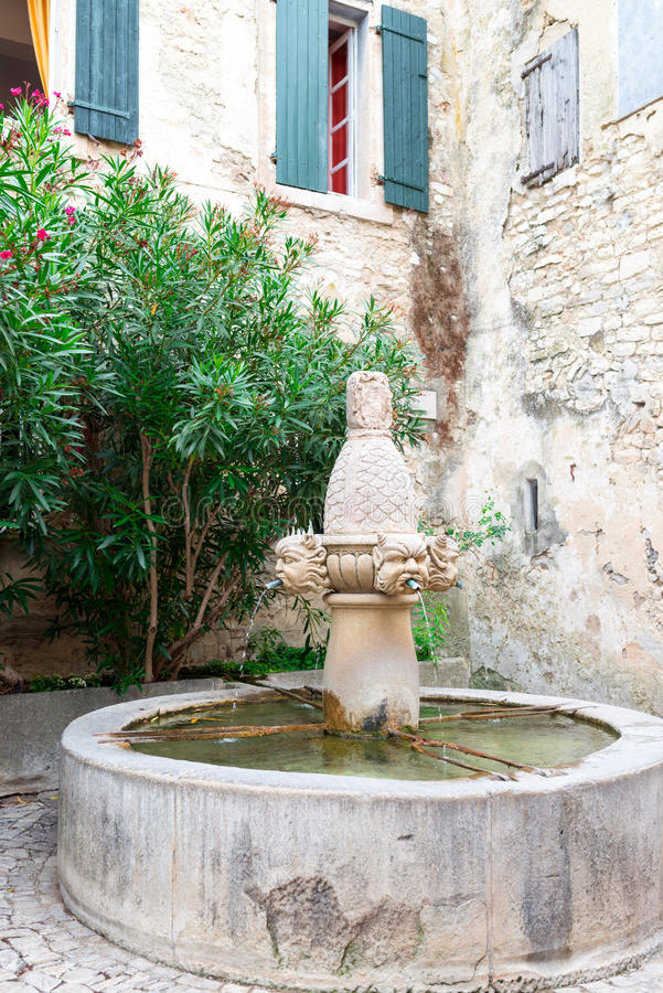Aldea en Provence fotos de archivo