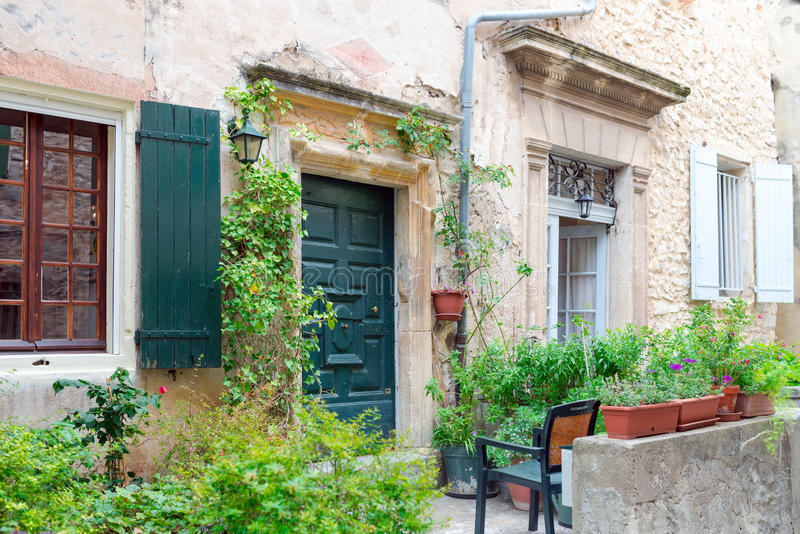 Aldea en Provence fotografía de archivo libre de regalías