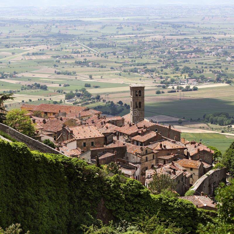 Aldea toscana de Cortona imágenes de archivo libres de regalías