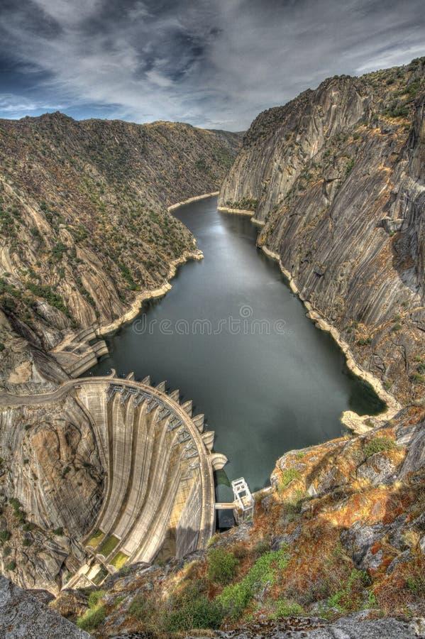 Free Aldeadavila Dam Royalty Free Stock Image - 33417456