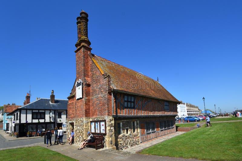 Aldeburgh Sugerowany best Hall jeden konserwował Tudor budynki w Anglia zdjęcia stock