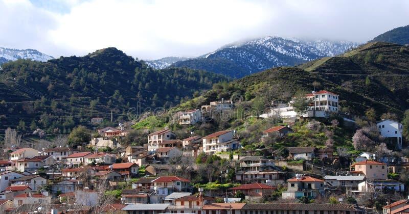 Aldeia da montanha Troodos Chipre de Kakopetria fotos de stock