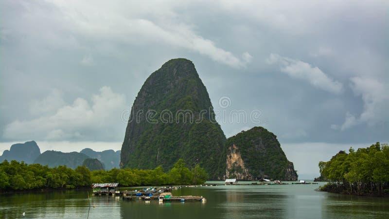 Aldeia piscatória Phang Nga, Tailândia imagens de stock royalty free