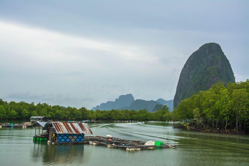 Aldeia piscatória Phang Nga, Tailândia fotografia de stock