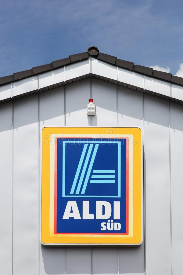 Aldi Logo On A Wall Stock Photo Image Of Price Emblem 118893924