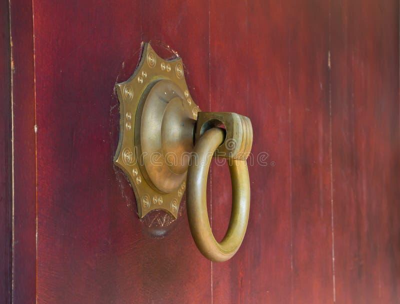 Aldrava de porta chinesa foto de stock
