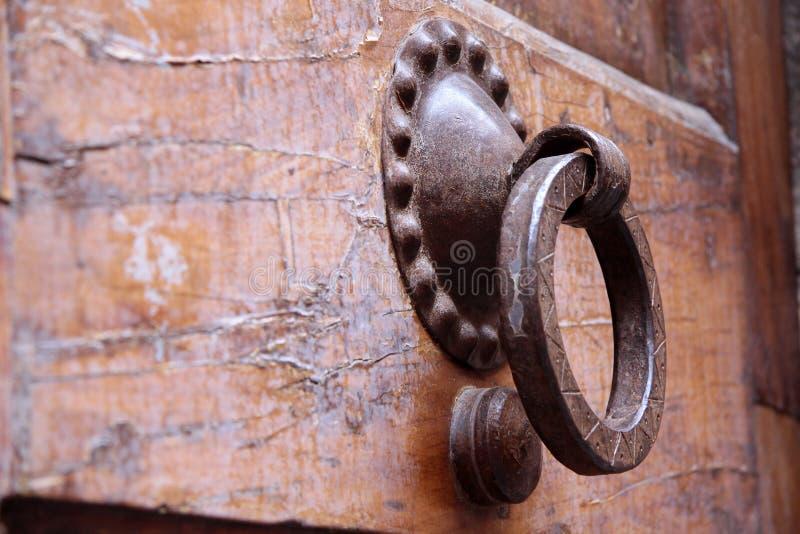 Aldravas de porta velhas fotos de stock royalty free