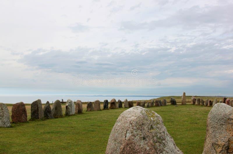 Ale Stones perto de Kaseberga na Suécia foto de stock royalty free