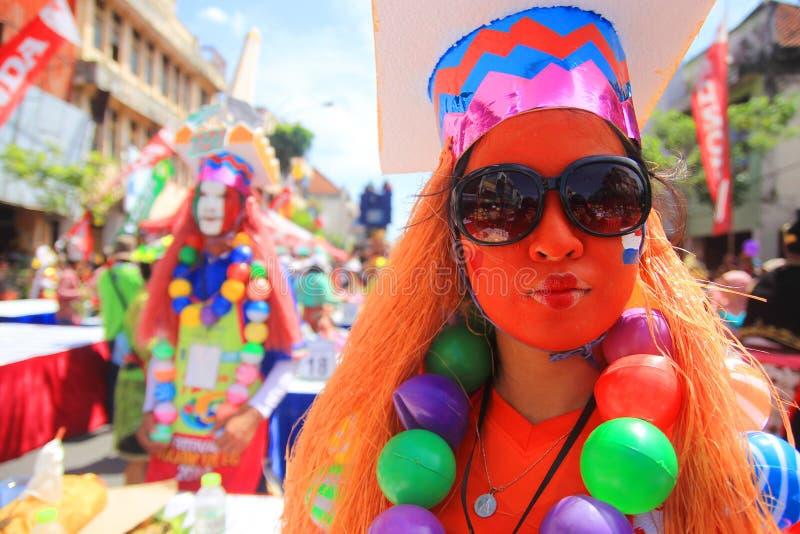 A alegria do carnaval em Surabaya imagem de stock