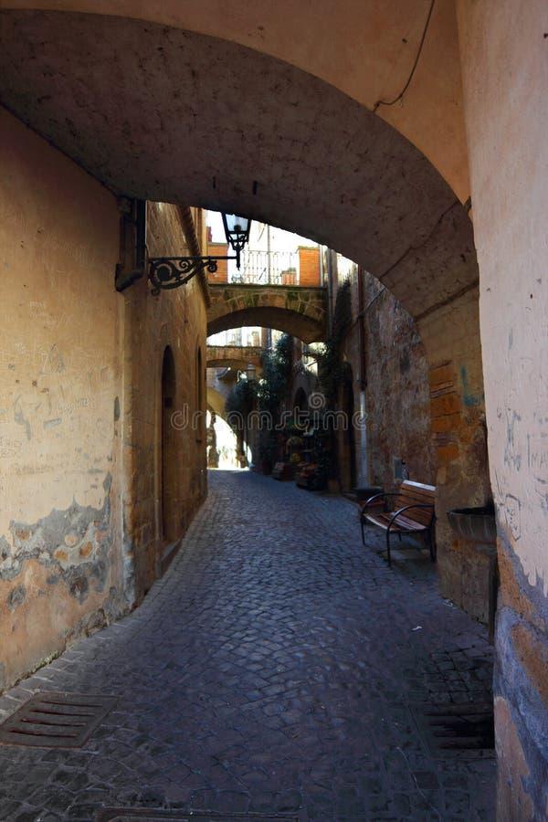 Download Aleja obraz stock. Obraz złożonej z ulica, włochy, miastowy - 28956461