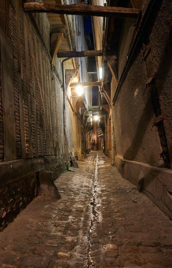 Aleja z ryglowymi tenement domami zdjęcie royalty free