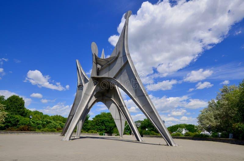 Aleksander Calder rzeźba zdjęcie stock