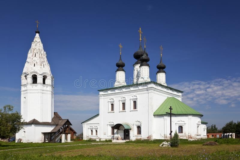 Aleksander monaster Kościół wniebowstąpienie z dzwonkowy wierza Suzdal Złoty pierścionek obrazy royalty free