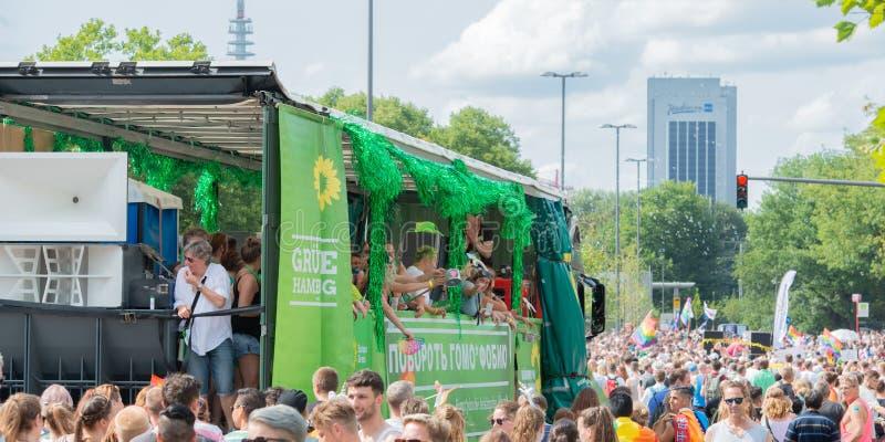Alemanha, Hamburgo - 4 de agosto de 2018: Dia da rua de Christopher Parada do amor em Hamburgo foto de stock
