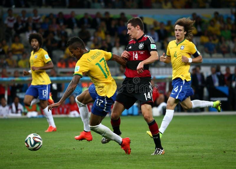 Alemania y el Brasil combinan durante los Semi-finales de 2014 mundiales imagen de archivo