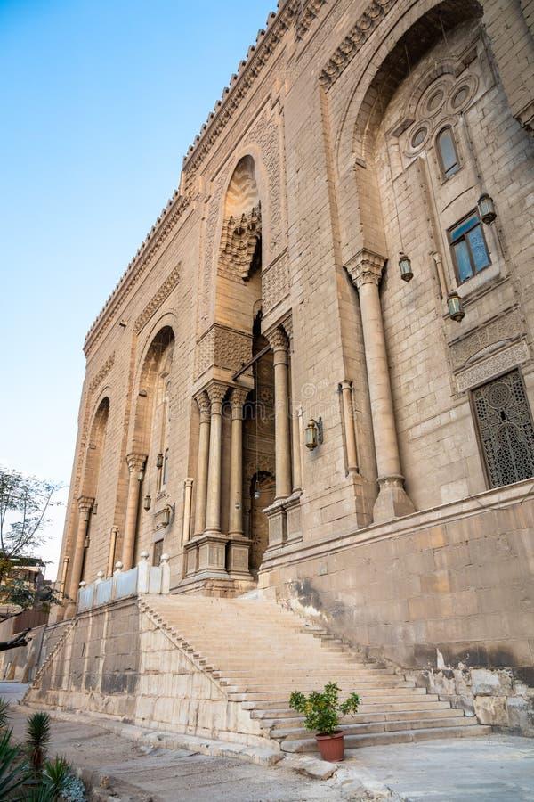 Alen-Rifa 'I och Sultan Hassan för två moskéer i Kairo Egypten royaltyfri foto