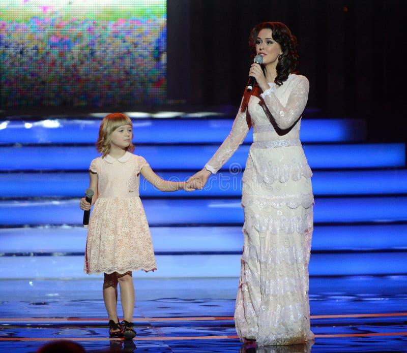Alena Bikkulova και φιναλίστ του ` παιδιά ` Yaroslav Degtyareva φωνής †« στοκ φωτογραφία με δικαίωμα ελεύθερης χρήσης