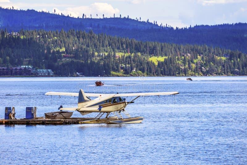 ` Alene Idaho Flugzeug-Seeflugzeug-Reflection See Coeur d lizenzfreie stockbilder