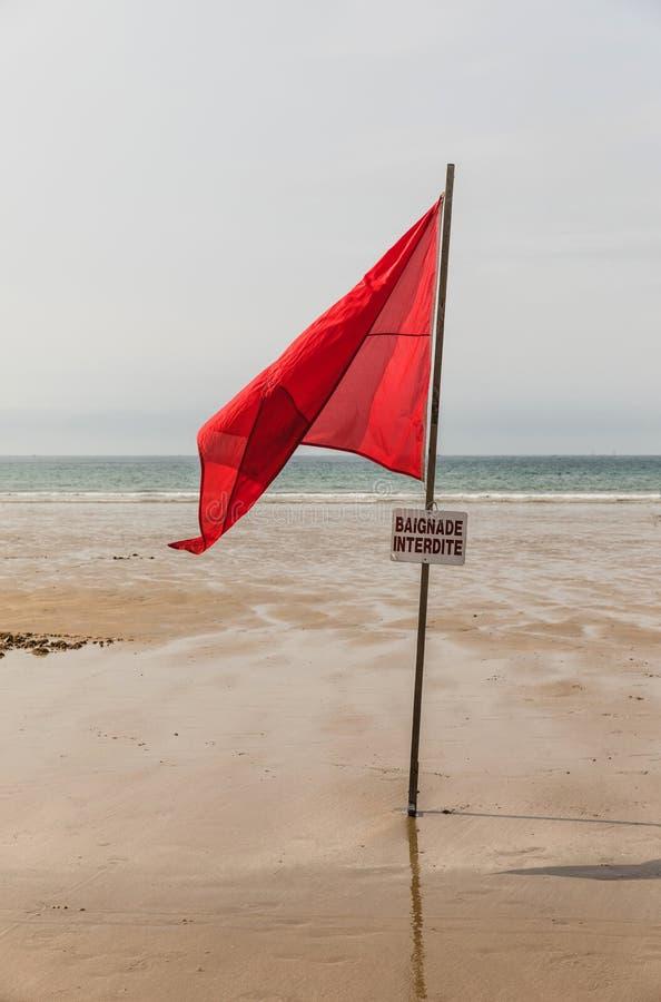 Alerte sur la plage photos stock