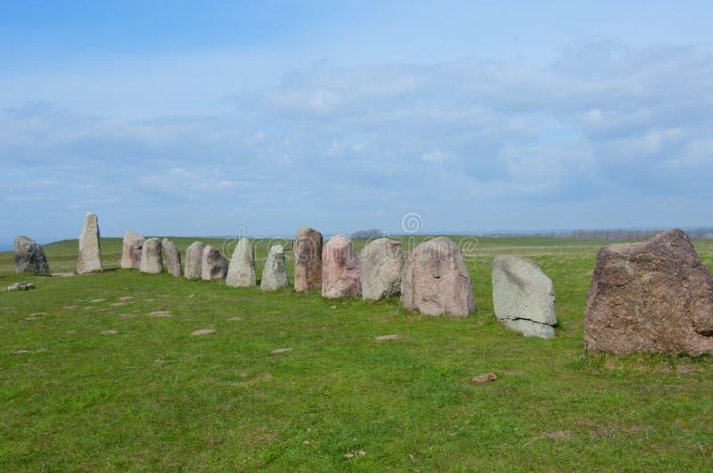 Ales Ale ` s stenar kamienie, Archeologiczny miejsce w Południowym Szwecja zdjęcia royalty free