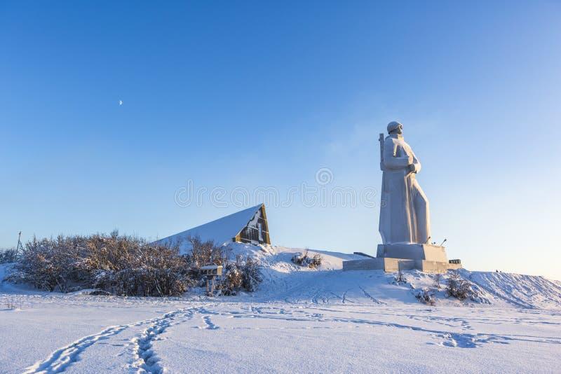 Alesha monument Försvarare av den sovjetiska arktisken murmansk arkivfoto