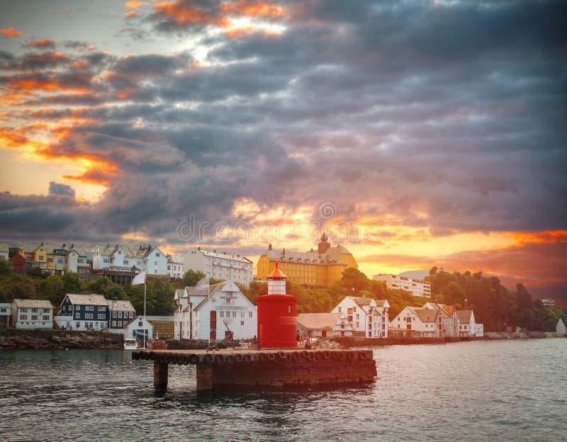 Alesund is een stad in Noorwegen royalty-vrije stock afbeeldingen