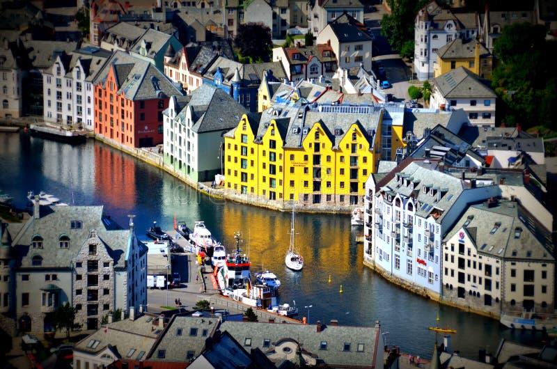 Alesund Norge arkivfoto