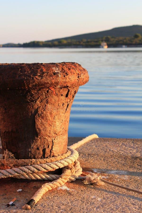 Aleta da amarração do barco imagens de stock