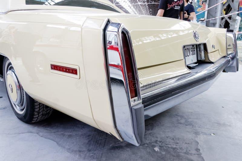 Aleta de cola y luces posteriores de la imagen común automotriz del vintage de Eldorado de Cadillac imágenes de archivo libres de regalías