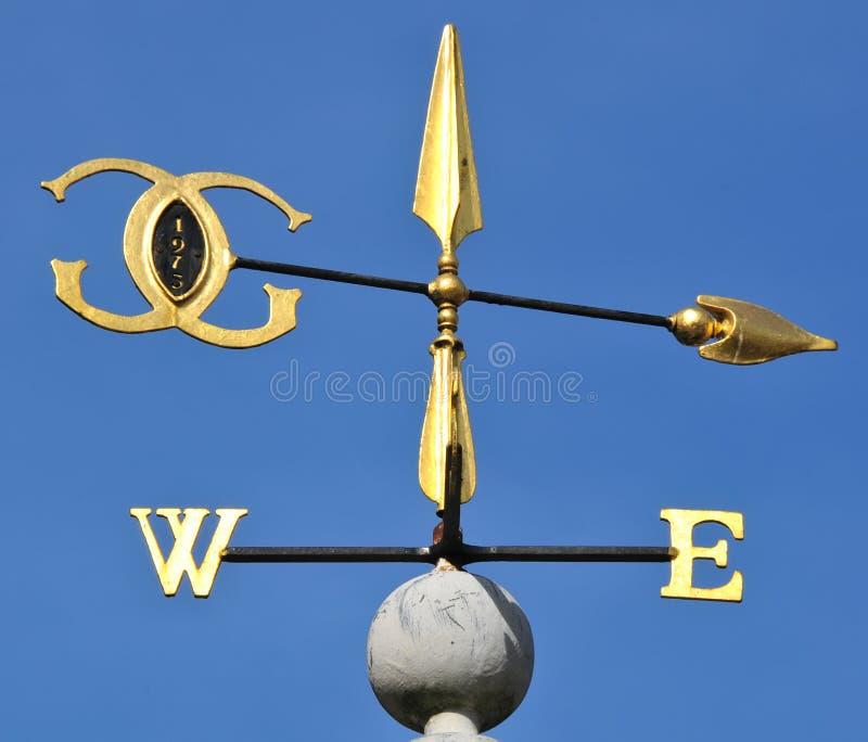 Aleta de vento dourada imagem de stock