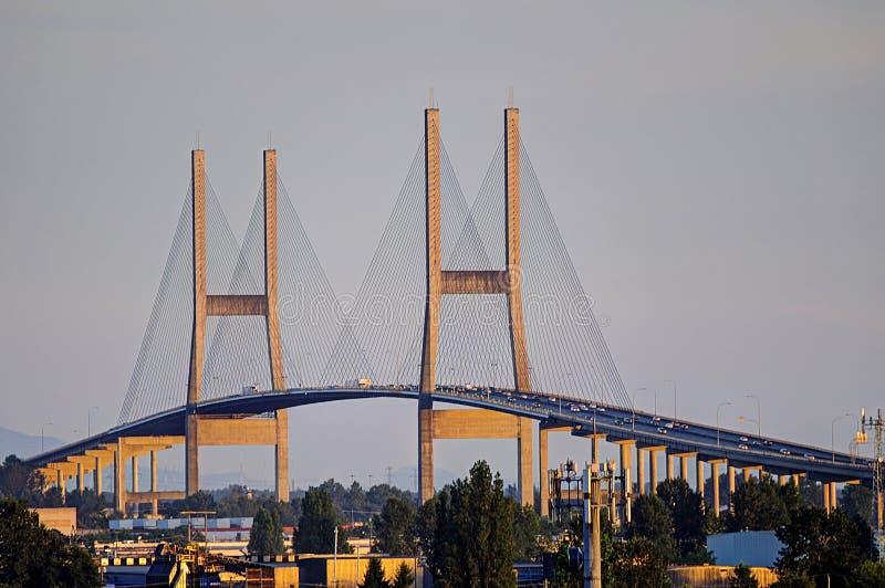 Alex Fraser Bridge avec la lumière de coucher du soleil photos libres de droits