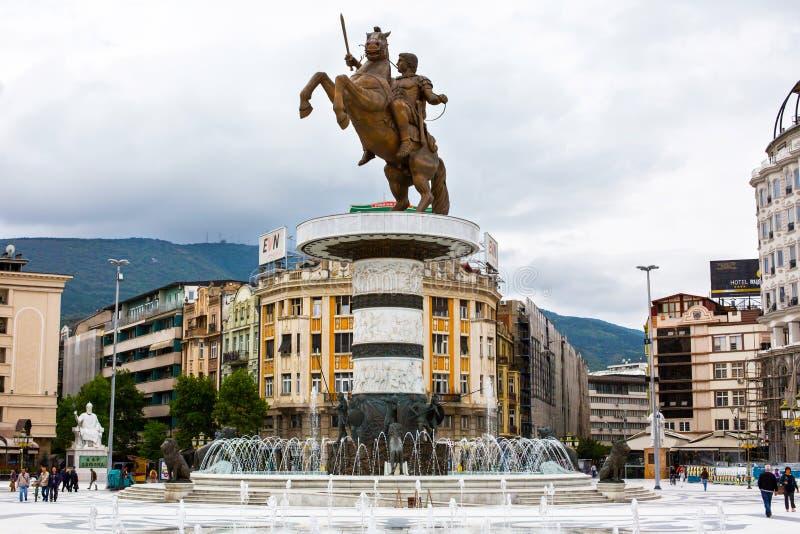 Alexander den stora statyn på huvudsaklig fyrkant in arkivfoto