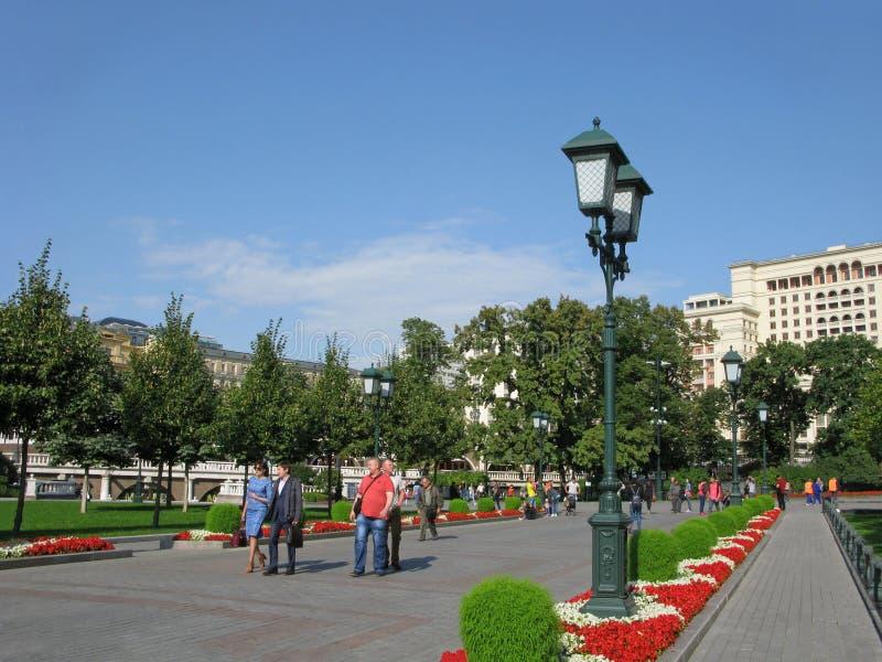 Alexander Garden i Moskva, Ryssland arkivbild