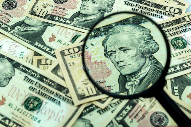 Alexander Hamilton sobre los fondos de los Estados Unidos en diez dólares imágenes de archivo libres de regalías