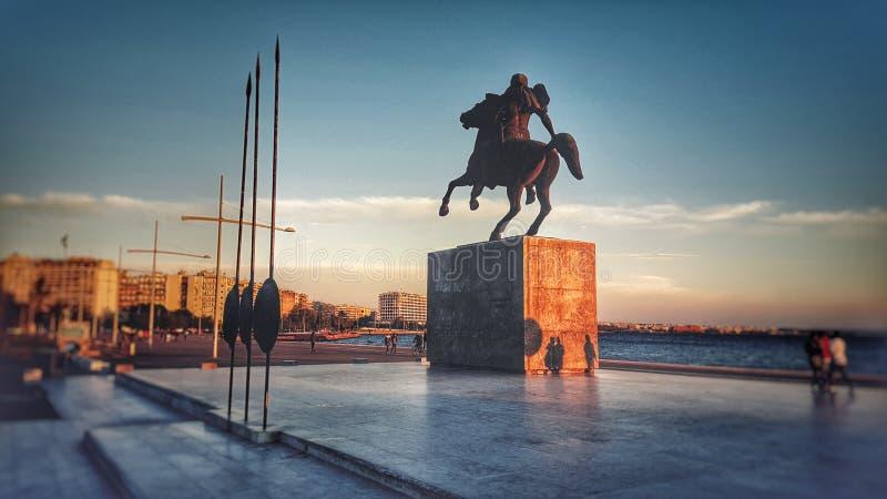 Alexander het Grote standbeeld in Thessaloniki, Griekenland stock foto's