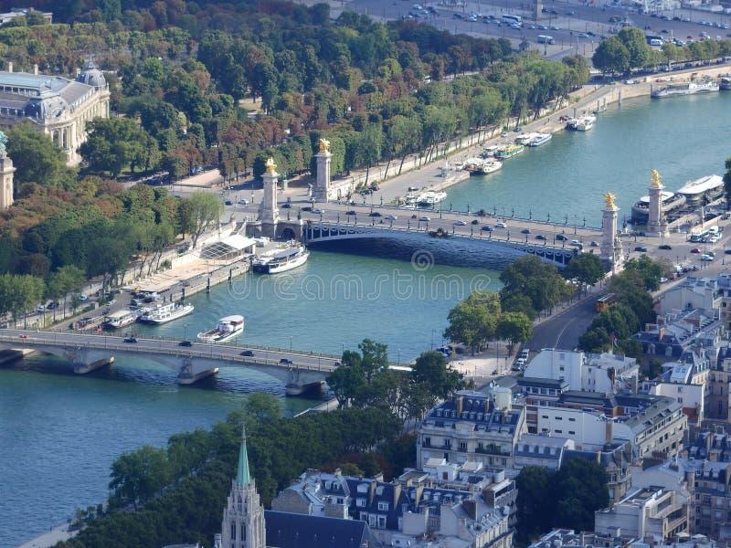 Alexander III.-Brücke über der Seine in Paris, Frankreich stockfotos