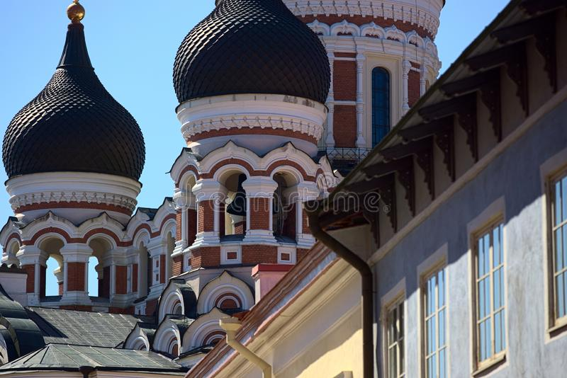 Alexander Nevksy ortodox domkyrka i Tallinn, Estland royaltyfri fotografi