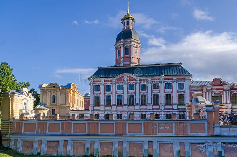 Alexander Nevsky Lavra con la chiesa dell'annuncio di Th fotografie stock