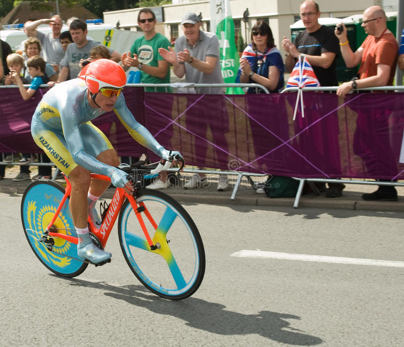 Download Alexandre Vinokourov In The Olympic Time Trial Editorial Stock Photo - Image: 26100263