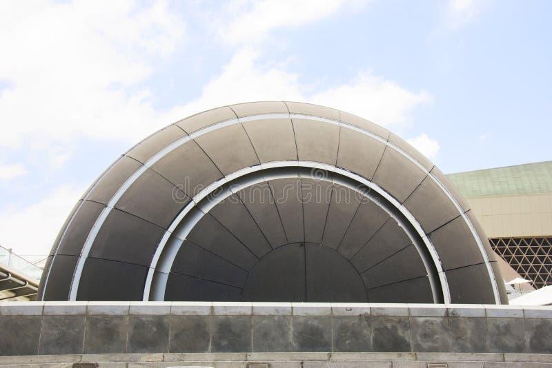 ALEXANDRIA, ÄGYPTEN - 25. JUNI 2015: Planetarium in der Bibliothek von Alexandria, eins der berühmten Bibliothek in der Welt Juli lizenzfreies stockbild