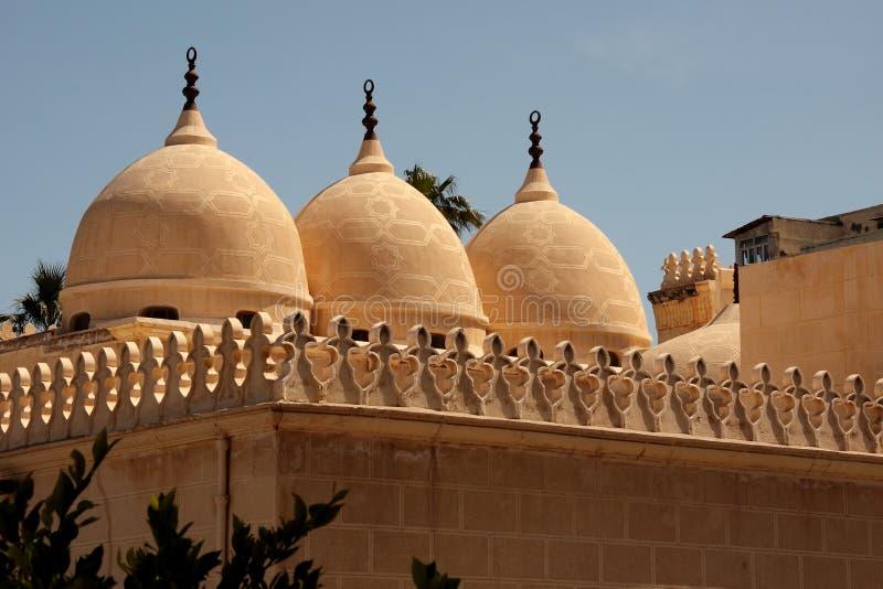 alexandria придает куполообразную форму: мечеть старую стоковое фото