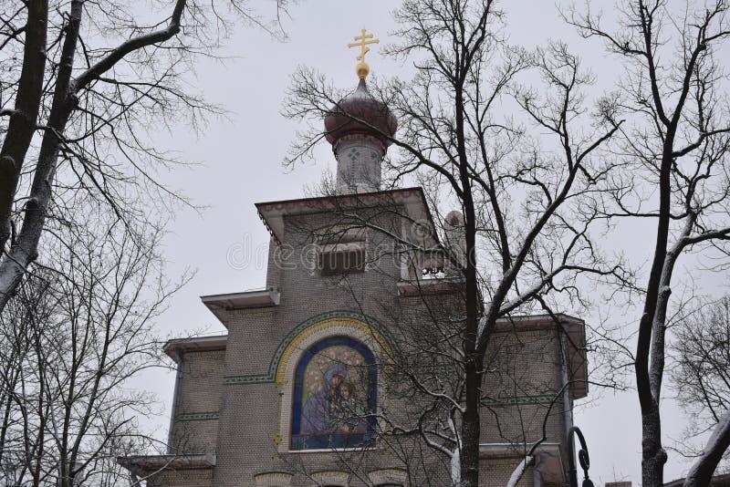 Alexandrovsky公园的圣彼得堡教会 免版税库存照片