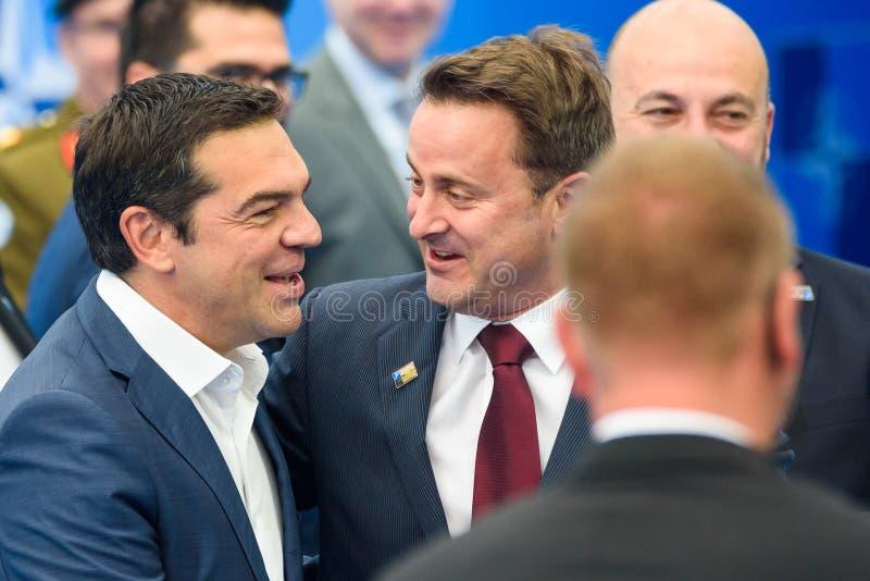 Alexis Tsipras, Eerste minister van Griekenland en Xavier Bettel, Eerste minister van Luxemburg royalty-vrije stock afbeeldingen