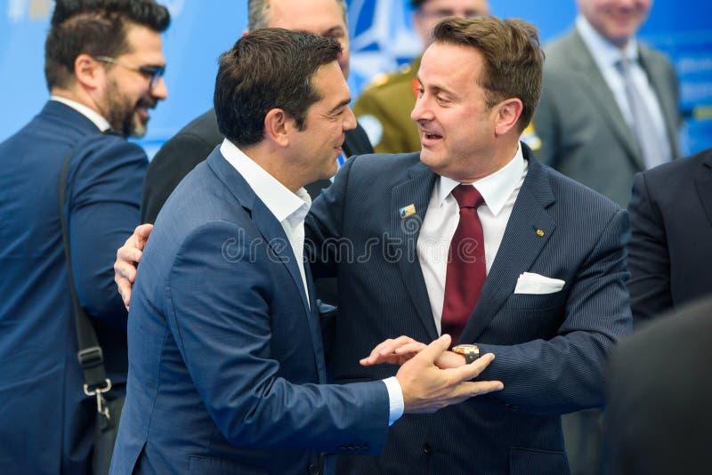 Alexis Tsipras, Eerste minister van Griekenland en Xavier Bettel, Eerste minister van Luxemburg stock foto's